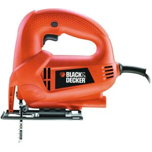 Лобзик Black&Decker KS 600E